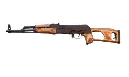 원래 크기에서 클리핑 패스와 함께 흰색에 AK-47 소총의 루마니아어 사본