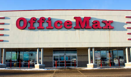 EAU CLAIRE,WISCONSIN-FEBRUARY 02,2014: Office Max entry and sign in Eau Claire,Wisconsin on Februry 02,2014.