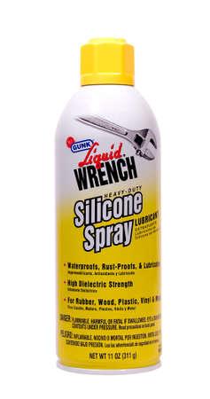 River Falls, Wisconsin-APRIL22, 2014: A kan van Liquid Wrench siliconenspray. Liquid Wrench is een product van Radiator Specialty Company van Charlotte, North Carolina. Redactioneel