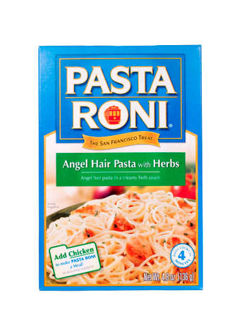 angel hair: River Falls, WISCONSIN-julio 11,2014: Una caja de PASTA RONI �ngel producto pasta.This pelo se distribuye por Golden Grain Company de Chicago, Illinois.