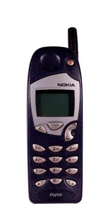 River Falls, Wisconsin-Juli 21,2014: A vintage Nokia Handy. Nokia Oys ist ein finnischer Kommunikations- und Informationstechnologie Aktiengesellschaft. Standard-Bild - 30056591