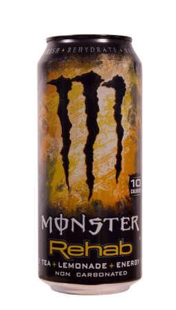 川の滝、ウィスコンシン-8 月 13,2014: モンスター リハビリ栄養ドリンクのことができます。この製品はカリフォルニア州コロナのモンスター エネル