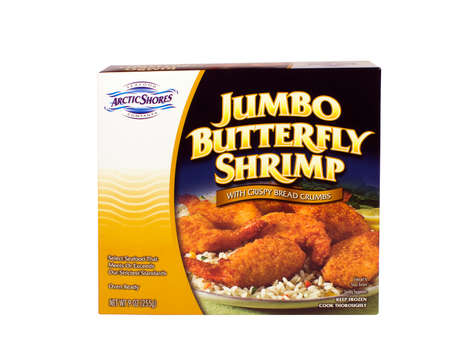jumbo: RIVER FALLS,WISCONSIN-OCTOBER 31,2015: A box of Arctic Shores brand jumbo butterfly shrimp. Arctic Shores is a brand owned by SuperValu Incorporated.