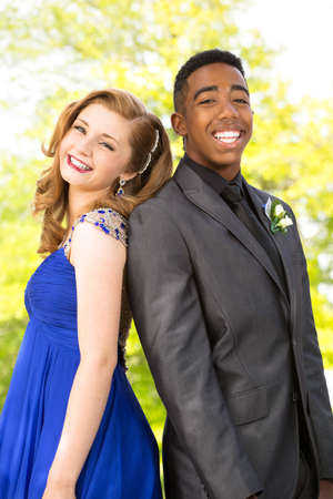 Young teens getting ready for the prom. Banque d'images