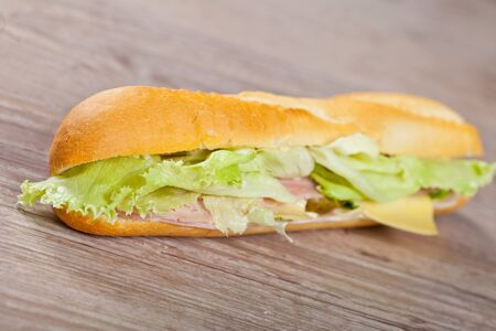 jambon: Tasty delicious sandwich with ham and cheese