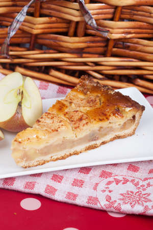 pic nic: Delicious slice of home made apple pie