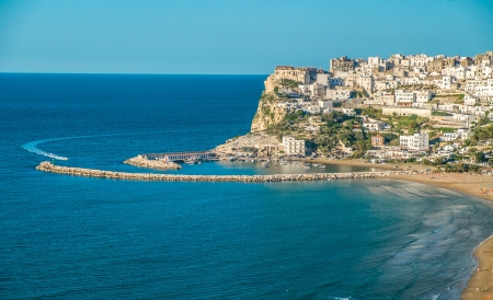 Peschici, the beautiful town in the Apulia region, south of Italy Standard-Bild