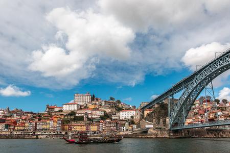 dom: Dom Luis bridge in Porto, the beautiful city on the north of Portugal