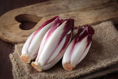 escarola: endivia roja fresca para una nutrición saludable