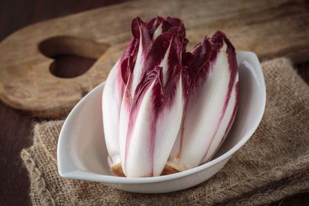 endivia: endivia roja fresca para una nutrición saludable