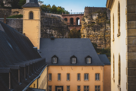 Typical rooftops in the city of Luxembourg Banque d'images - 122800239