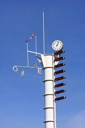気象気象ステーション (測定機器)、スペイン、バルセロナ 写真素材 - 6420529
