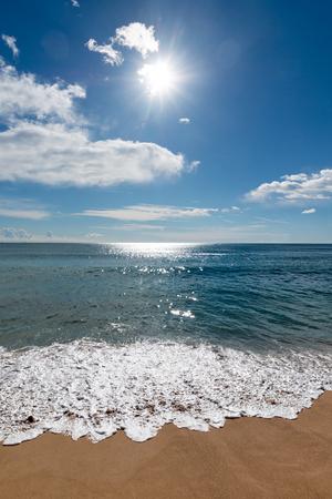 美しい青い海の波 写真素材 - 38968185