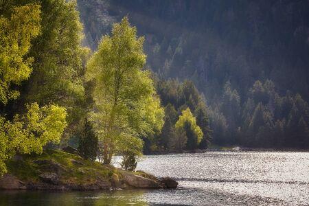 El hermoso Parque Nacional de Aigüestortes i Estany de Sant Maurici de los Pirineos españoles en Cataluña
