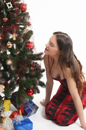 sitt: Young girl is looking for some another present