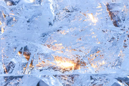Full frame ice background. Backlit with the sun 免版税图像