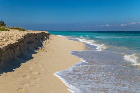 White sand beach on a tropical island 免版税图像