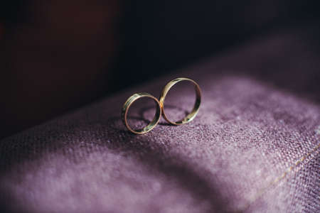 anillos boda: anillos de boda  Foto de archivo