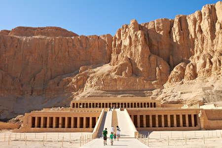 Tempel tussen de Vallei der Koningen en de Vallei der Koninginnen, Luxor, Egypte