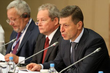 Vice-premier van de Russische Federatie De heer Dmitry Kozak, tijdens een CEMAT-conferentie van 15 november in Moskou (Raad van Europa-conferentie van ministers belast met ruimtelijke en regionale planning), 8 juli 2010, Moskou, Rusland.