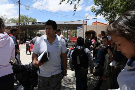 In connection with faults in a computer system at the border crossing La Kyaka - Villazón (Argentina-Bolivia) was a large crowding, December 4, 2010 in Villazón, Argentina-Bolivian border.