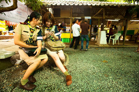 councils: Ko Chang, Thailandia - 18 novembre: non identificato partecipare a elezioni locali di Ko Chang, 18 novembre 2012 su Ko Chang, Thailandia. Elezioni loro consigli distrettuali e le proprie Mayor, 4 tempi anni.
