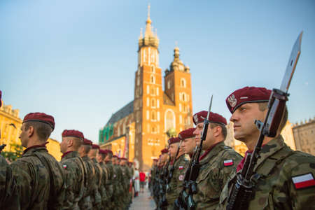 sobieski: KRAKOW, POLAND - SEP 10, 2016: Polish soldiers on guard of the ceremony is the vow of first classes of the Jan III Sobieski High School (founded 1883) at the Main Market Square near St.Mary Cathedral. Editorial