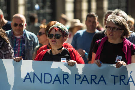PORTO, PORTUGAL - MAY 1, 2019: Celebration of May Day in the Oporto centre. General Confederation of Portuguese workers, traditionally associated with the Communist party, has 800.000 members. Publikacyjne