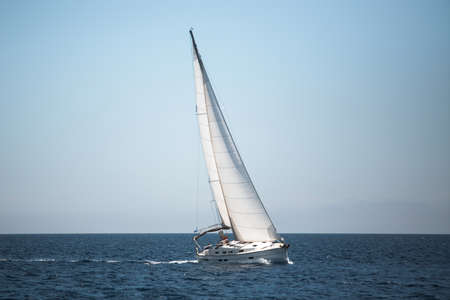 Boats in the Aegean Sea. Yachting. Luxury sailing. Banque d'images
