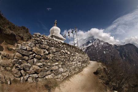 buddhist stupa: Buddhist stupa on Everest trail
