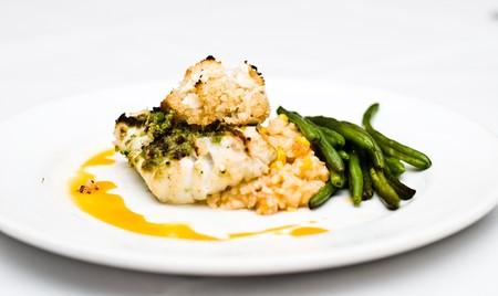 Restaurant prepared dishes, photographed fresh. Imagens