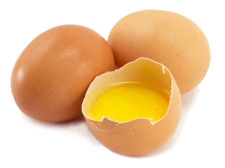 eieren, een gebroken ei, eigeel