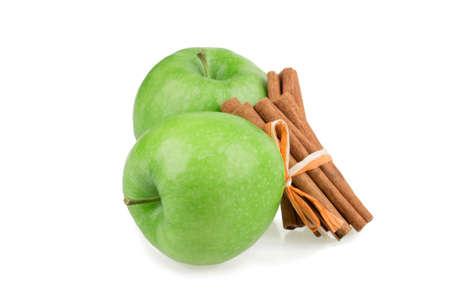 apple cinnamon: mela, cannella isolato su sfondo bianco
