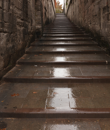Wet ancient stairway in Istanbul. Turkey Standard-Bild