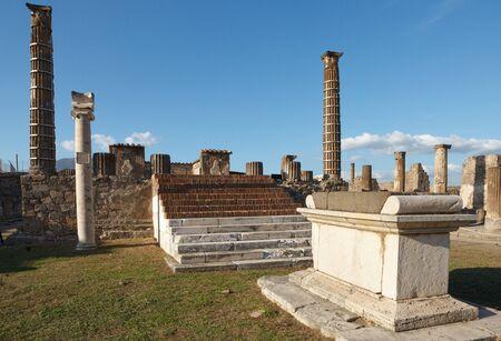 Temple of Apollo in Pompeii (Pompei) ruins. Ancient Roman city in Pompei, Province of Naples, Campania, Italy Stockfoto