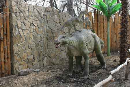 NOVOSIBIRSK, RUSSIA - APR 16: Realistic model of dinosaur  at Dinopark in Zoo on Apr 16, 2016 in Novosibirsk Editorial
