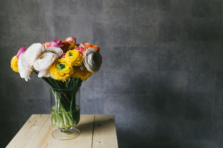 Beautiful bouquet of flowers in a vase. 写真素材 - 124716840