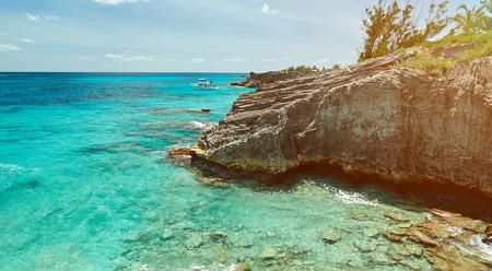 aruba: bermuda coast line with blue clear water in sunny day