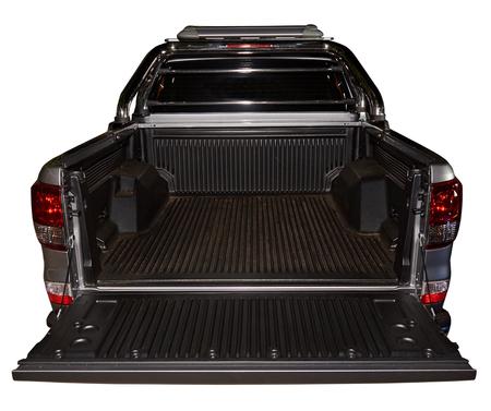 Abrir atrás vacío de recoger moderno camión de plata aislado en blanco Foto de archivo - 68562389