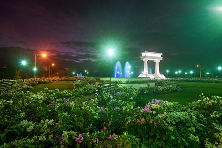 maximo: Leon, Nicaragua - January 4, 2017: Ruben Dario park with flowers sunset time