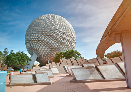 Orlando, USA - August 30, 2012: Epcot park in Disney world. Sphere building in future park on sunny day Publikacyjne