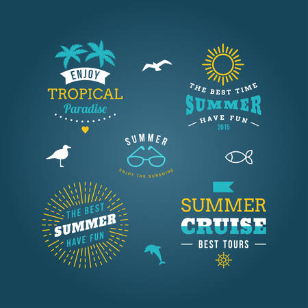 sun beach: Set of Design Elements. Retro Summer Holidays Vintage Labels