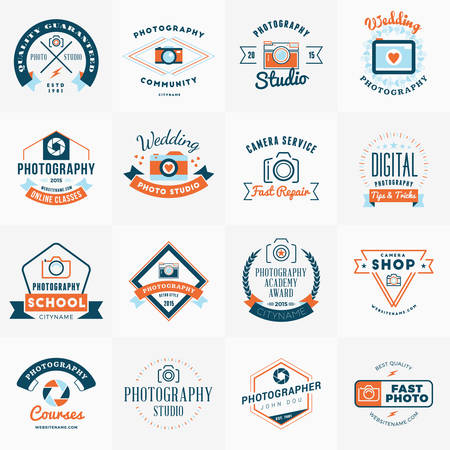 photography studio: Vector Set of Photography icon Design Templates. Photography Retro Vintage Badges and Labels.  Wedding Photography. Photo Studio. Camera Shop. Photography Community Illustration