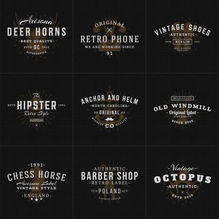 barbero: Conjunto de etiquetas de la vendimia del inconformista, logotipos, placas para tu negocio. Cuernos, tel�fono retro, zapatos, ancla, molino de viento, Barbero, Ajedrez. Ilustraci�n del vector en el fondo oscuro con textura Vectores