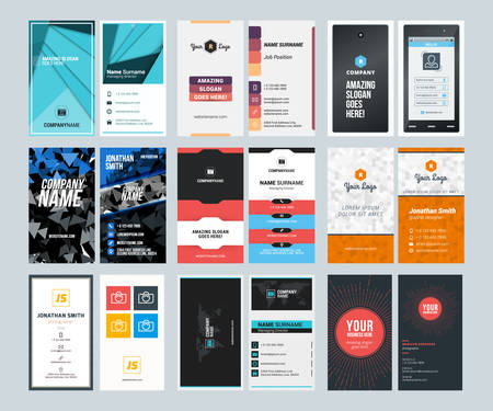 verticales: Conjunto de tarjetas de visita creativa vertical plantillas de impresión. Ilustración del vector del estilo plana. Diseño de papelería