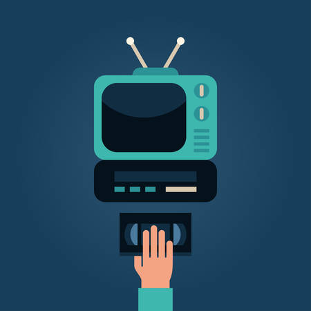 videocassette: Videocasetera con TV. Mano humana con la cinta de video