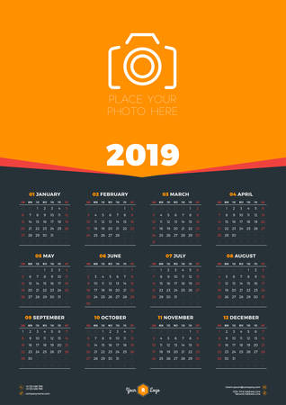 Calendar design template for 2019 year. Week starts on Sunday. Stationery design. Vector calendar poster with place for photo Иллюстрация
