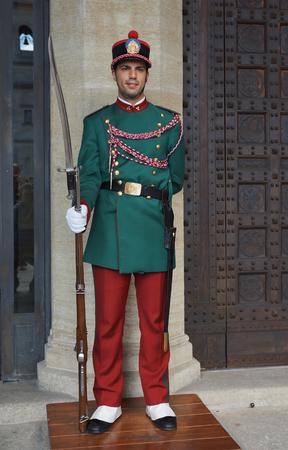sammarinese: Guardia della Repubblica di San Marino Editoriali