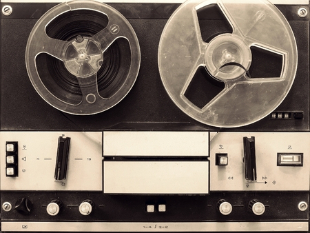 Vintage reel to reel tape recorder 版權商用圖片