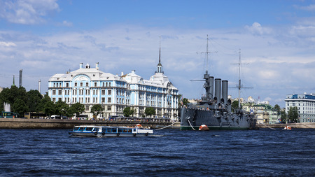 cruiser: Cruiser Aurora on the Neva River, St. Petersburg, Russia